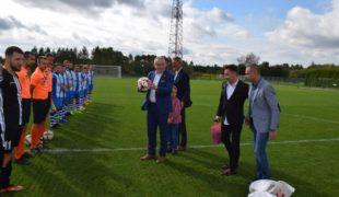 Więcej o: Oficjalne otwarcie boiska klubu sportowego Tęczy Gowarczów