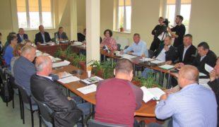 Więcej o: Zmiany w Radzie Gminy Gowarczów