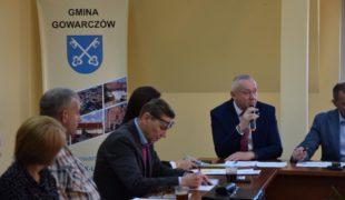 Więcej o: Sprawna i zgodna sesja Rady Gminy
