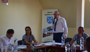 Więcej o: Kontrowersyjne XLVII posiedzenie Rady Gminy bez uchwał