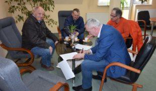 Więcej o: Rusza budowa Ośrodka Zdrowia w Gowarczowie