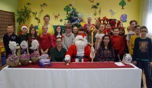 Więcej o: Mikołaj zawitał do Gowarczowa