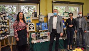 Więcej o: Zachwycająca wystawa prac młodzieży świetlicowej