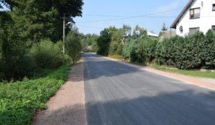 Więcej o: Zakończona przebudowa dróg powiatowych