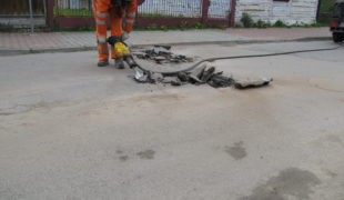 Więcej o: Ciąg dalszy wiosennych remontów dróg