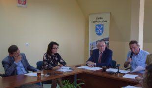 Więcej o: XLIII sesja Rady Gminy