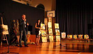 Więcej o: Ujmujący jesienny koncert i wystawa w Gowarczowie
