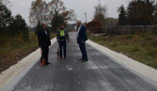Więcej o: Droga gminna w Skrzyszowie przebudowana